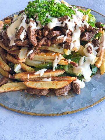 shawarma salad, chicken shawarma salad, shawarma fries salad