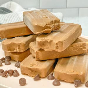 six ingredient creamy chocolate fudgesicles