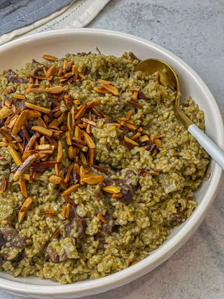 The earthy flavor of Freekeh with perfectly tender moist meat and crunchy nuts