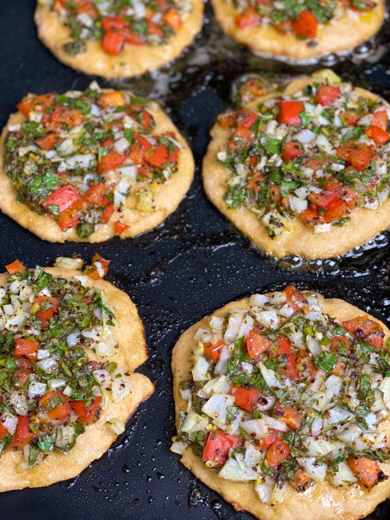 Veggie Pizza, mediterranean pizza toppings, pizza mediterranean, lebanese pizza, lebanese veggie pie