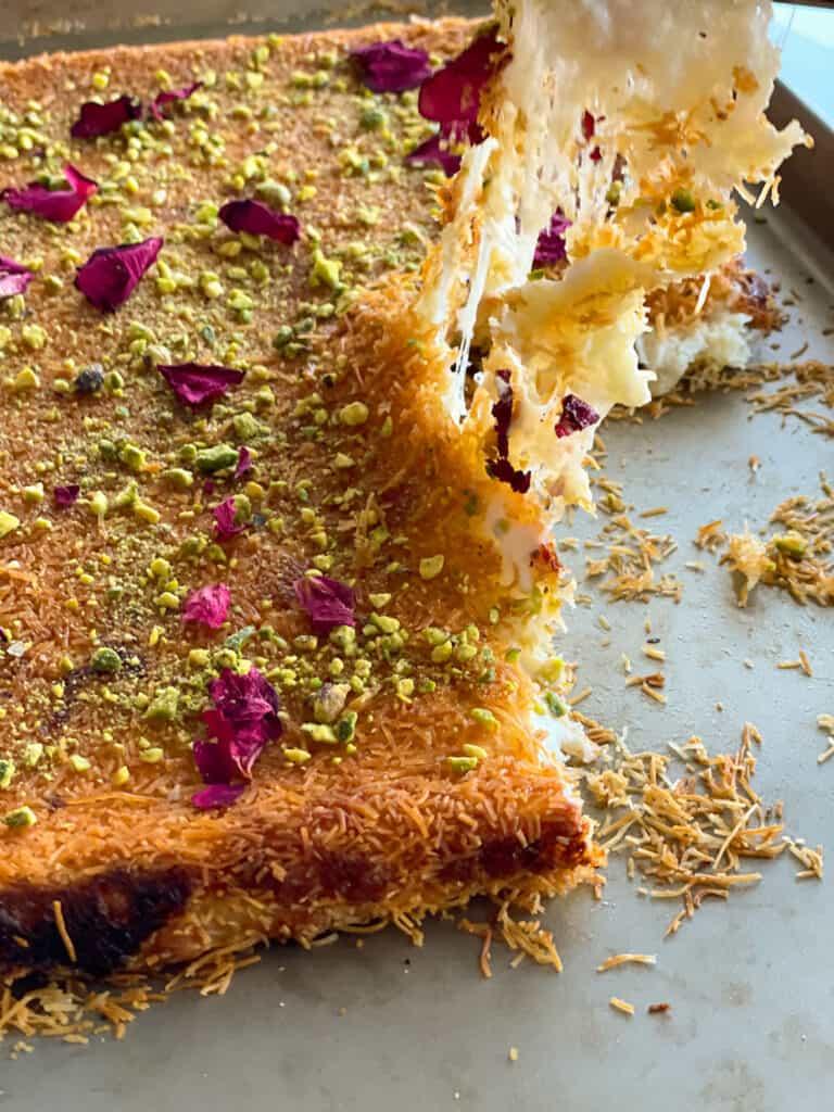 Stretchy Cheese Kanafa