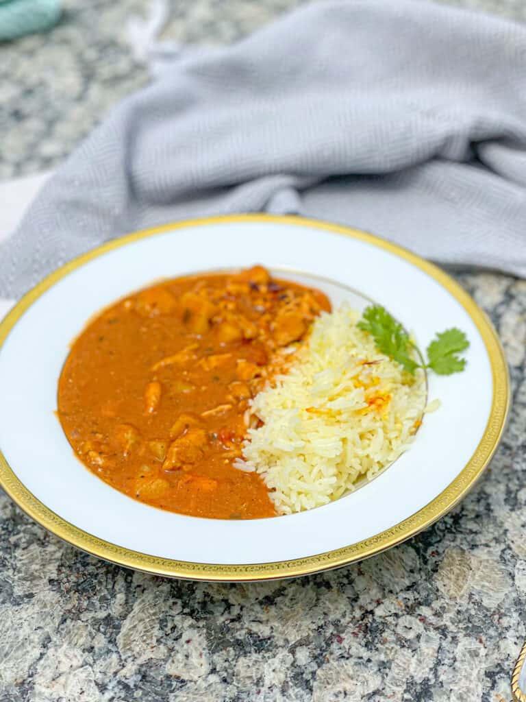 How to make chicken tikka masala. Easy Tikka Masala with coconut milk without using tikka masala spices