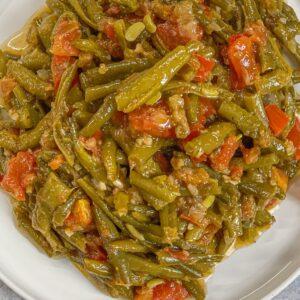 Green Bean Stew; Green Beans Braised in olive oil; Loubieh bi zeit; loubieh bzeit; lubya bi zet; lubia bi zet