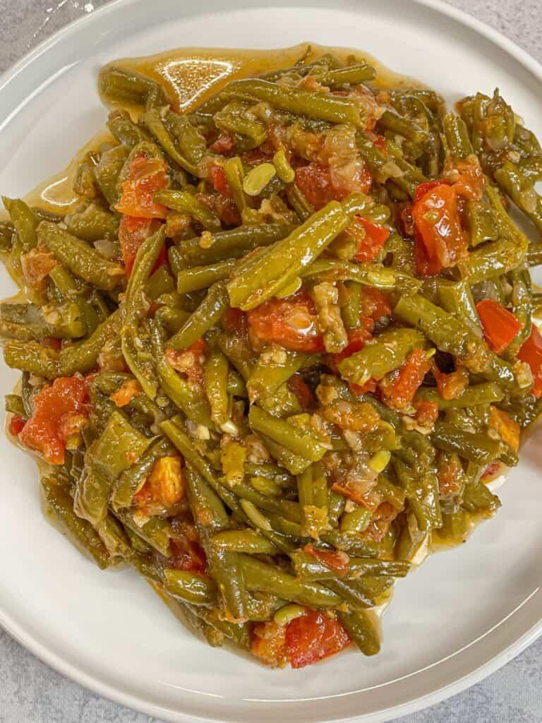 Lebanese green beans known as loubie bzeit recipe
