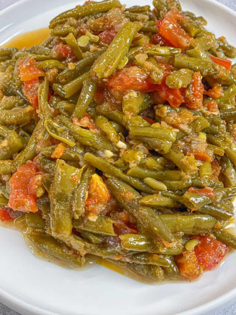 Loubye Bzeit green beans