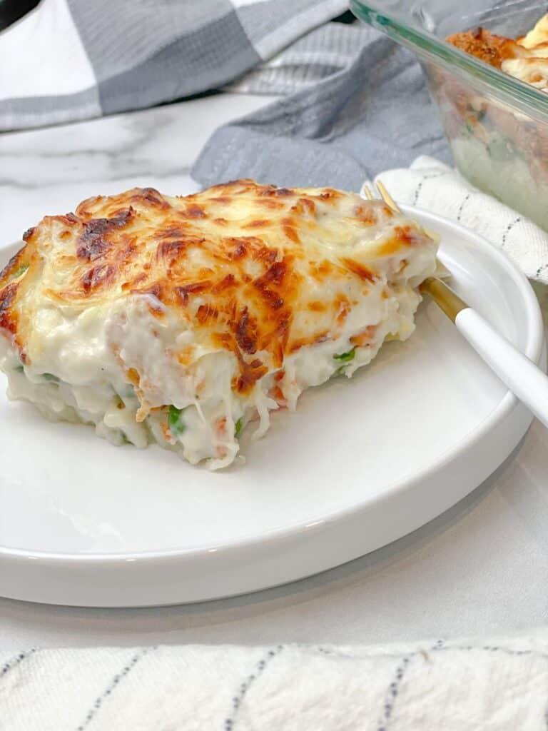 chicken and potato bechamel bake casserolee